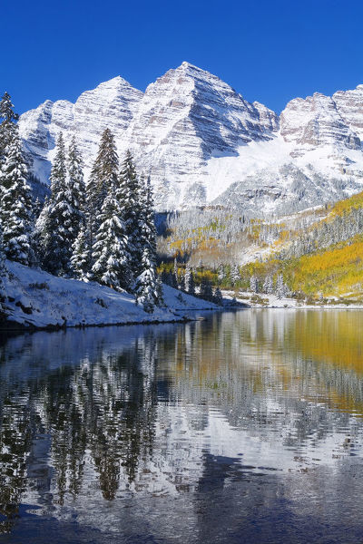 Colorado, Near Aspen, Landscape Of Maroon Lake And On Maroon Bells In Distance, Early Snow